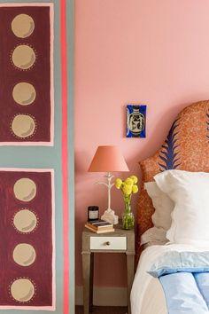 A Bloomsbury Bedroom, Beata Heuman Beautiful Bedrooms, Beautiful Interiors, Beata Heuman, Elle Decor, Cozy House, Cheap Home Decor, Home Interior Design, Room Interior, Interior Inspiration