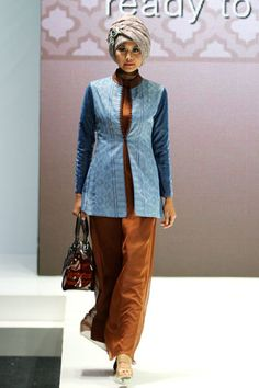 """Shafira """"Family Lifestyle"""", Indonesia Islamic Fashion Fair 2013"""