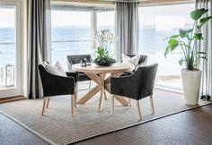 Tilbud salg Nobel rundt spisebord › Spisebord - Kjøkkenbord - Spisestuebord › Fagmøbler Dining Chairs, Interior, Furniture, Home Decor, Modern, Decoration Home, Room Decor, Design Interiors, Dining Chair
