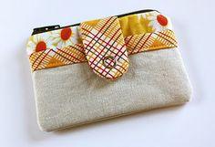 little zippered pouch