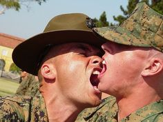 29 Pictures Of Marine Drill Instructors Screaming In People's Faces Usmc Birthday, Happy Birthday, Marines Boot Camp, Drill Instructor, The Few The Proud, Parris Island, Once A Marine, Us Marine Corps, Marine Life