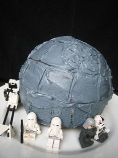 Death Star Birthday Cake - Easy, tutorial for a Death Star Birthday Cake. May the fourth be with you.