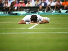 @wimbeldon @rogerfederer again missed his chance of18th grandslam as he defeated to @milosraonic but love for you will not very end #Wimbeldon2016