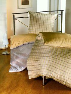 silk-bedding-cellini-design-seidenbettwaesche-108 #Silk pillow case, bedsheet and duvet cover made in Germany by #Cellini Design. Custom sizes possible. #Seidenbettwäsche aus reiner #Seide von #Spinnhütte Cellini Design aus Deutschland.