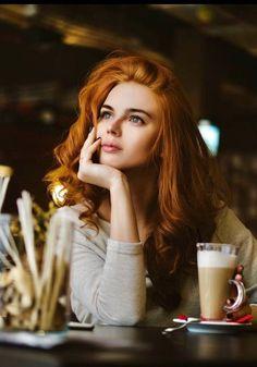 Hair Red Fashion Redheads 17 Ideas For 2019 Coffee Shop Photography, Red Photography, Portrait Photography, People Drinking Coffee, Gorgeous Redhead, Coffee Girl, Coffee Coffee, Super Hair, Auburn Hair
