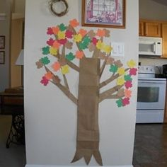 Fall Tree Leaf List {Thanksgiving Activities}