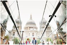 I don't love engagement shoots, but I do love St. Pauls & the Millennium Bridge. Great shot from London Bride Urban Engagement Photos, Engagement Couple, Engagement Shoots, Engagement Photography, Wedding Photography, Pre Wedding Photoshoot, Wedding Shoot, Wedding Ideas, London Location