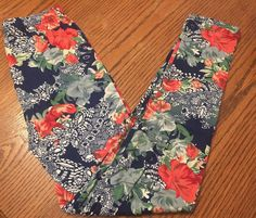 Neon floral print leggings! Super comfortable and soft! Perfect for spring! Maryland boutique clothing line! Check it out: www.IBHCB.com