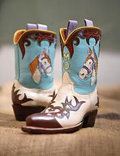 Rocketbuster, the finest Handmade Custom Cowboy Boots. Family owned, handmade in TEXAS,shipped worldwide.Spaceage vintage style for folks who just ain't boring! Custom Cowboy Boots, Custom Boots, Cowboy Boots Women, Cowgirl Boots, Western Boots, Western Style, Western Wear, Mode Country, Westerns