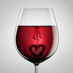 RED RED WINE!
