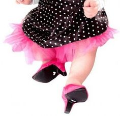 Que bom!! Projeto de lei quer proibir sapatos infantis de saltos altos
