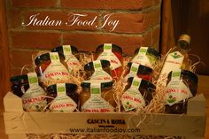 """Are you asking yourself """"where can I buy Italian food near me""""? If you live in Europe,on Italian Food Joy you can, buy from the producer. Italian Food Near Me, Fruit Jam, Italian Recipes, Whiskey Bottle, Organic Fruit, Joy, Countries, Vegan, Green"""