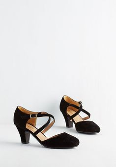 Memorable Moves Heel in Black. Your retro moves on the dance floor make quite the impression - especially when youre hopping about in these velvety black heels! #gold #prom #modcloth
