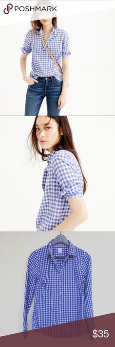 J. Crew Gingham shirt Super cute J. Crew Perfect shirt in Gingham. Sorng classic! Love it with the rolled up sleeves! In excellent pre-worn condition. No trades. J. Crew Tops Button Down Shirts