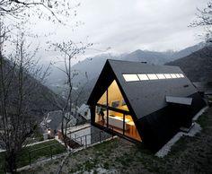 modernes Landhaus-Dach