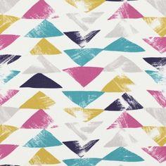 Un motif géométrique animé, comme peint au pinçeau et disponible dans plusieurs déclinaisons multicolores.