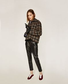 You can get your entire winter wardrobe at Zara. Fall Lookbook, Zara United States, Winter Wardrobe, New Outfits, Cold Weather, Capri Pants, Dress Up, Chic, Casual