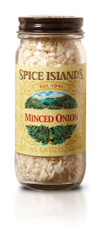 ONION, MINCED  An important ingredient in the cuisine of almost every culture, onions take many forms in the kitchen, from fresh to minced to powdered.     Our Spice Islands® minced onions are sourced from the highest-quality onions around the world, then carefully dried to preserve their flavor.    Use 2 tbsp for every 1/3 cup of fresh onions. And if your dish doesn't contain much liquid, reconstitute them before use. Just soak them in cold water for 5 minutes, then drain.