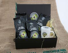 4 bags of coffee and mug gift box. Includes 250g bags of: 1x Peruvian Tunki 1x Costa Rican Tarrazu Valley 1x Monsoon Malabar 1x Ethiopian Yirgacheffe