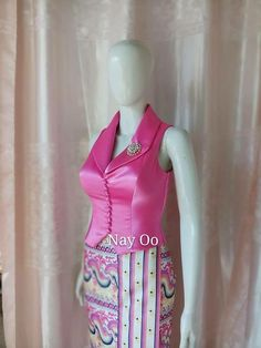 Myanmar Traditional Dress, Traditional Dresses, Blouse Neck Designs, Blouse Styles, Myanmar Dress Design, Thai Fashion, Backless Prom Dresses, Batik Dress, African Fashion Dresses