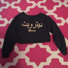 Detroit / Arabic Black Cropped Sweater (S) Detroit / Arabic Black Cropped Sweater (S) Detroit Sweaters