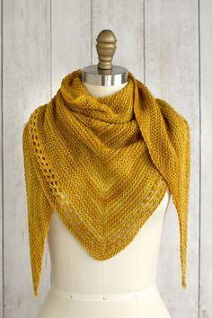 Just a day late… :-) (Photo: Fairmount Fibers Design Team) Ojete by the Fairmount Fibers Design Team is a beautifully simple and sunny summer shawl knit with just one skein of Manos del Urugu… Crochet Scarf Easy, Knit Or Crochet, Crochet Shawl, Free Crochet, Crochet Double, Scarf Knit, Cozy Scarf, Knitting Blogs, Easy Knitting