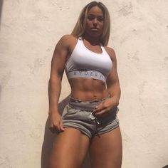 CELEBRITY INSTAGRAM FITNESS MODEL : TAMRA DAE - October 05 2017 at 08:13AM  : Health Exercise #Fitspiration #Fitspo FitFam - Crossfit Athletes - Muscle Girls on Instagram - #Motivational #Inspirational Physiques - Gym Workout and Training Pins by: CageCult