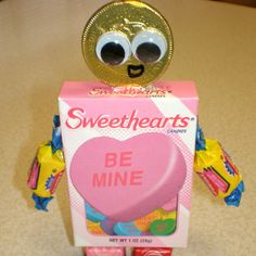 Boxy Candy Robots are really fun Valentine crafts for kids to make and to receive. Never was there a sweeter valentine than one made entirely out of candy! From @AllFreeKidsCrafts
