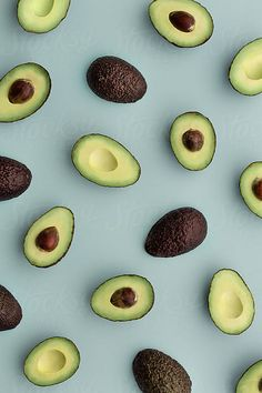 background by Ruth Black for Stocksy United -Avocado background by Ruth Black for Stocksy United - Iphone Wallpaper Vsco, Phone Screen Wallpaper, Food Wallpaper, Iphone Background Wallpaper, Unique Wallpaper, Wallpaper Ideas, Aesthetic Backgrounds, Aesthetic Iphone Wallpaper, Blue Backgrounds