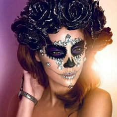 Crystal Sugar Skull (model MUA jordan liberty ♡♥♡♥♡♥ Dia de muertos-Mexico, cultura, tradicion - Calavera Catrina Day of the dead Halloween Inspo, Halloween Looks, Halloween Skull, Halloween Face Makeup, Vintage Halloween, Halloween Costumes, Dead Makeup, Crazy Makeup, Makeup Looks