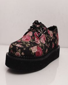 these lil floral creepers are fabulous