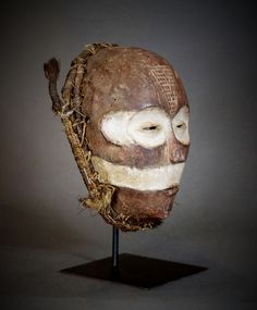 Nu in de #Catawiki veilingen: Rara African Tribal CHOKWE Mwano Pwo Mask. Angola border Democratic Republic of the ...