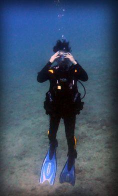ejercicio de quitarse las gafas debajo del agua y volvérmelas a colocar