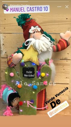Christmas Fabric, Christmas Ornaments, Fabric Decor, Corner, Halloween, Holiday Decor, Ideas, Papa Noel, Christmas Themes