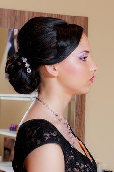 #beauty #woman Hair Ideas, Headbands, Woman, Hair Styles, Beauty, Fashion, Hair Plait Styles, Head Bands, Fashion Styles