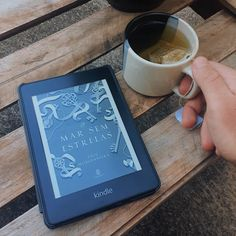 Coffee And Books, Book Photography, Bookstagram, Book Worms, Kindle, Tech, Reading, Tableware, Garden