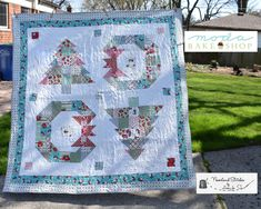 Trees and Wreaths Quilt « Moda Bake Shop Paper Pieced Quilt Patterns, Quilt Patterns Free, Pattern Blocks, Blanket Patterns, Flag Quilt, Quilt Blocks, Quilting Projects, Quilting Designs, Craft Projects