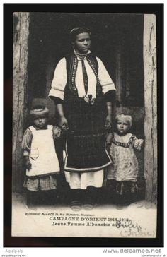Albania-campagne-dorient-1914-18-jeune-femme-albanaise-um-1915-241.jpg (1058×1633)