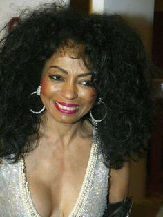 Diana Ross Makes Surprise Appearance At The Abbey To Greet Fans And Promote Her New Remix Of Aint No Mountain High Enough Stock Pictures, Royalty-free Photos & Images Tina Turner Concert, Diana Ross Supremes, Music Film, Motown, American Singers, Record Producer, Songs, Celebrities, Mercedes Benz