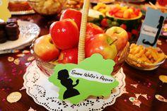 Disney Birthday Party ideas. DIY. Apples. Snow White.