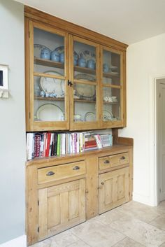 Pantry/welsh dresser
