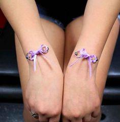 O estos piercings tipo corsé en las muñecas. | 17 piercings que no sabías que existían