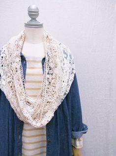 gorgeous crochet cowl
