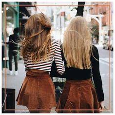 En yakın arkadaşınızla BioLustre bakımı yaptırabileceğiniz seçkin bir kuaföre giderek, saçlarınız da arkadaşlığınız gibi ışıldamasını sağlayabilirsiniz!