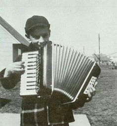 Barry and his accordion!