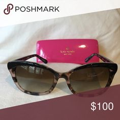 ♠SALE kate spade sunglasses♠️ Brand new. Perfect condition. Sold with case and kate spade cleaning cloth. kate spade Accessories Sunglasses