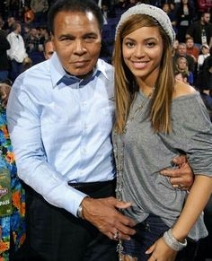 Legend: Muhammad Ali poses happily with Beyonce Knowles at the NBA All-Star basketball game in Phoenix, Arizona, yesterday Muhammad Ali Quotes, Muhammad Ali Boxing, Laila Ali, Mohamed Ali, Muhammad Ali Birthday, Black Celebrities, Celebs, Photo Star, Float Like A Butterfly