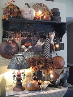 A nice grouping of primitives for fall.. So much to look at & it is arranged very nice...