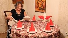 Как украсить обеденный стол - красиво сложить салфетки