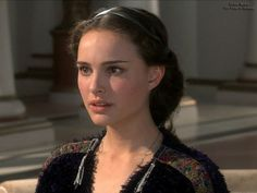 Star Wars: Revenge of the Sith Wallpaper: Revenge of the Sith Amidala Star Wars, Star Wars Padme, Natalie Portman Star Wars, Nathalie Portman, Hairdresser, Pretty People, Just In Case, Cool Hairstyles, Portraits